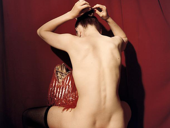 Egy fotómodell fényképész aktfotói: Bettina Rheims - Zárt szoba (18+)