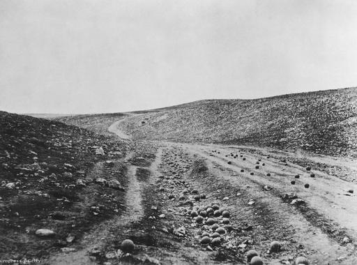 Manipulált kép A halál árnyékának völgye?