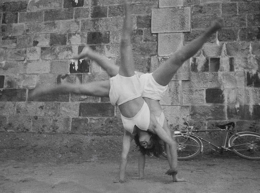 """""""Senki nem került közelebb a háborúhoz a gyalogoskatonánál"""" – egyik kézben géppuska, a másikban fényképezőgép: Tony Vaccaro második világháborús fényképei (18+)"""