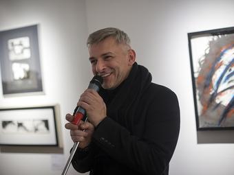Beszélgetés Alföldi Róberttel a fotógyűjteménye kialakulásáról (videóinterjú)