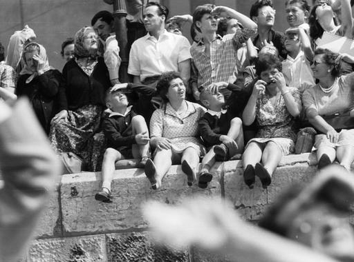 Több mint száz régi fotó az augusztus 20-i ünnepségekről
