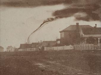 A világ legelső tornádófotói (1884)