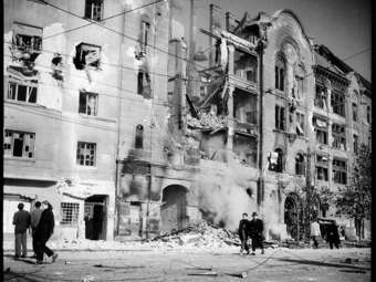 A forradalom krónikása, Saáry Éva - Fényképek 1956 októberéből