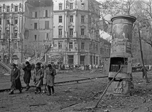 Tőry Klára: 1956 fotósa - Erich Lessing (1. rész)