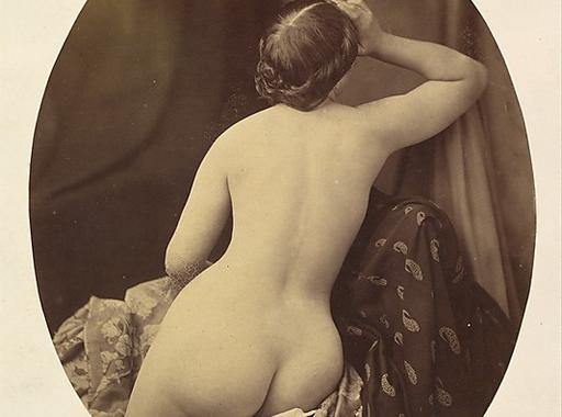 Női- és férfi aktfotók a fényképezés korai szakaszából (18+)