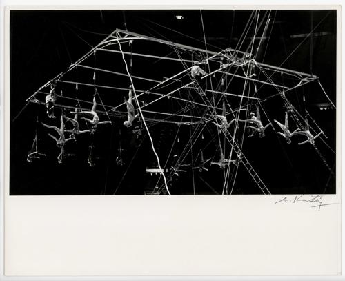Soha nem látott André Kertész-képek kerültek elő egy világhírű magyar artista fiókjából