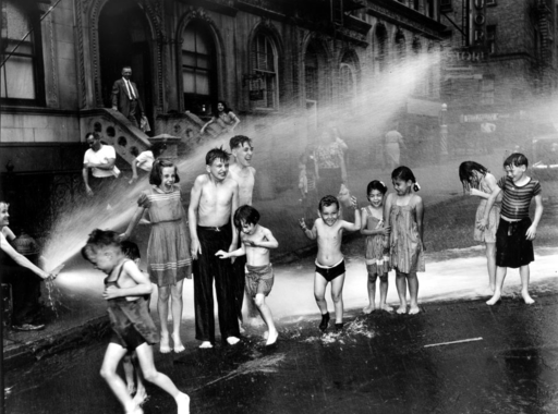 Fotós idézet - Weegee (1899-1968)