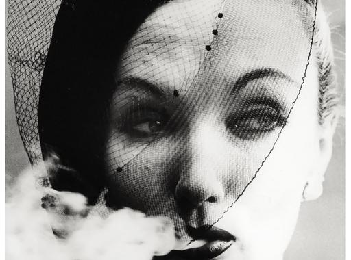 William Klein:  Evelyn Tripp, Párizs, 1958