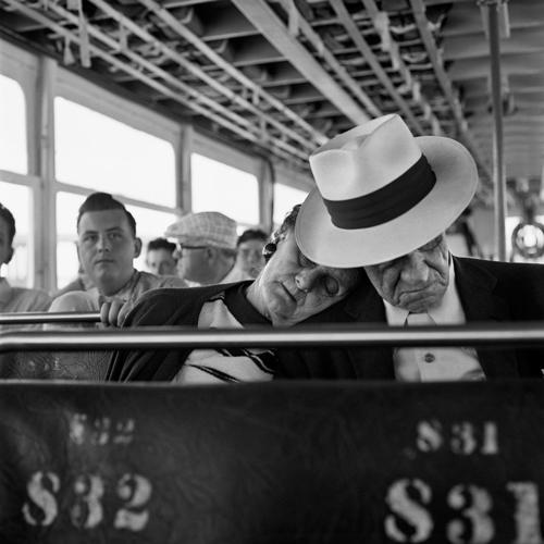 Vivian Maier, a fényképező dadus (A Mai Manó Könyvesbolt ajánlója)