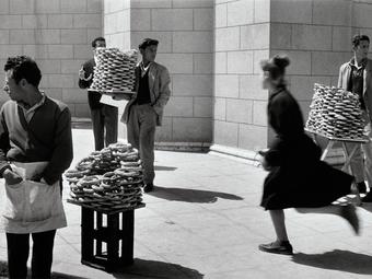 """A HÉT FOTÓSA: Sabine Weiss - Válogatás az """"utolsó humanista fotográfus"""" képeiből"""