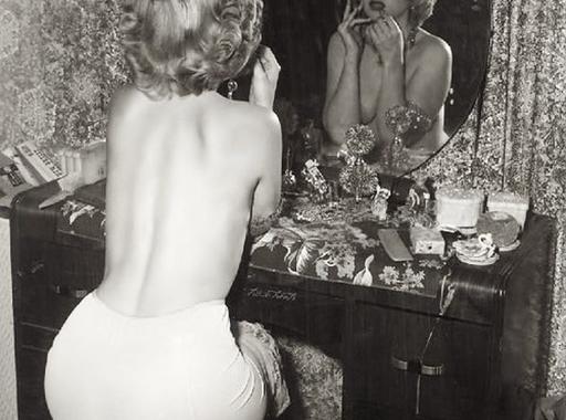 Ezek az aktfotók és portrék nem Marilyn Monroeról készültek (18+)