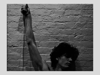 Robert Mapplethorpe homoerotikus polaroid képei (18+)