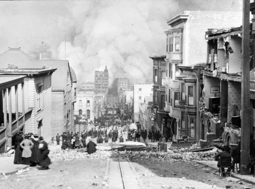 Arnold Genthe fotói a San Franciscó-i földrengésről (1906)
