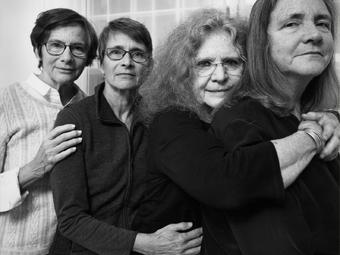 Megmutatták a Brown nővérek 2018-ban készült csoportképét