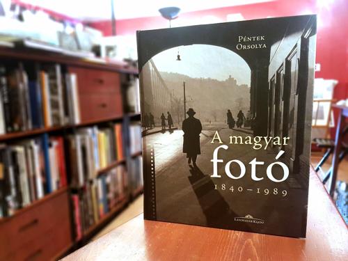 Tőry Klára: Hibajegyzék Péntek Orsolya A magyar fotó 1840–1989 című könyvéhez (Látóhatár Kiadó, 2018)