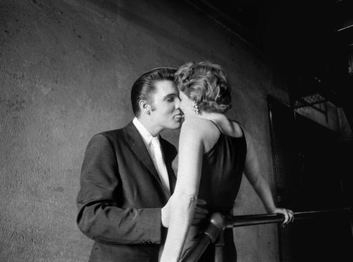 Alfred Wertheimer: A csók (1956)