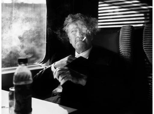 Képekben álmodni - David Lynch fotóiról (18+)