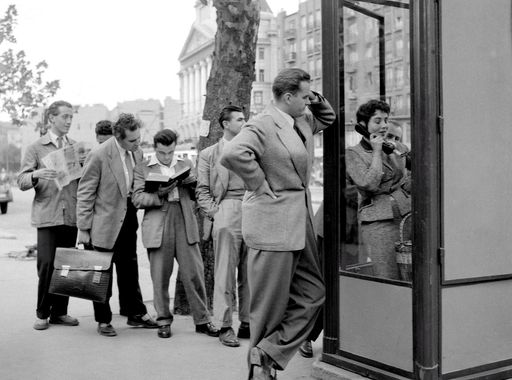 Egy szentpétervári padláson 30.000 fotóra bukkantak, így telefonáltunk régen és botrány az ikonikus lemezborító kapcsán