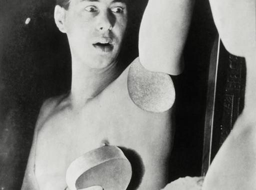 Válogatás Sir Elton John fotógyűjteményéből