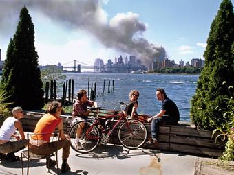 Kép-kockák #9 - Thomas Hoepker: 2001. szeptember 11., New York