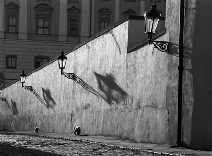 Fotó: Stanko Abadžić: A lámpák alatt, 1997 © Stanko Abadžić