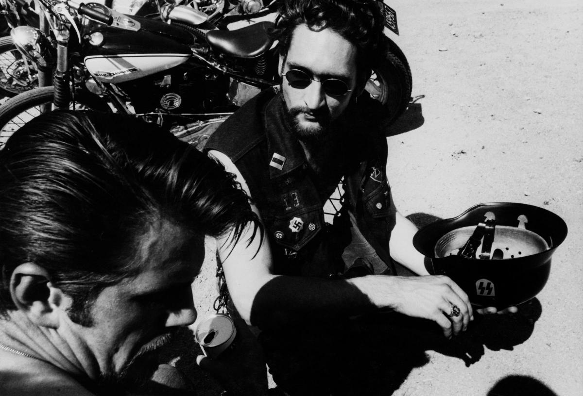 Fotó: Dennis Hopper: Bikers,1967 © The Dennis Hopper Trust