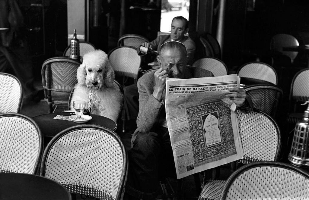 Fotó: Edouard Boubat: Café de Flore, Saint Germain des Prés, Paris , 1953 © Edouard Boubat
