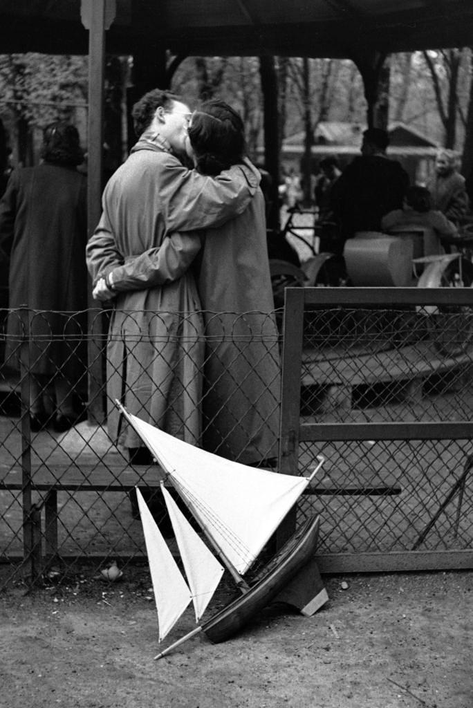 Fotó: Edouard Boubat: Jardin du Luxembourg, Paris, 1952 © Edouard Boubat