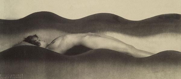 Fotó: František Drtikol: Hullám, 1925 © František Drtikol