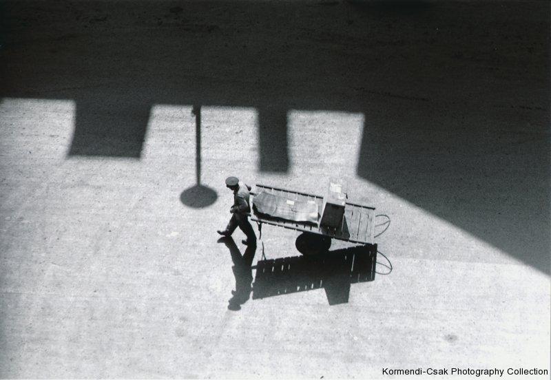 Fotó: Friedmann Endre: Fény és árnyék, 1961 © Friedmann Endre / Körmendi-Csák 20. századi Magyar Fotóművészeti Gyűjtemény