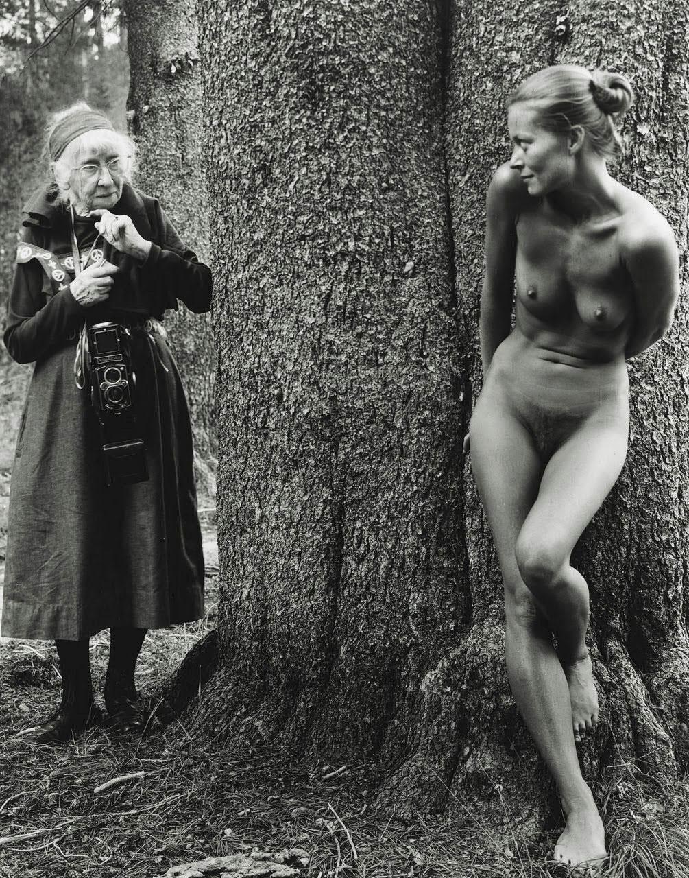 Fotó: Judy Dater: Imogen Cunningham és Twinka Thiebaud, 1974