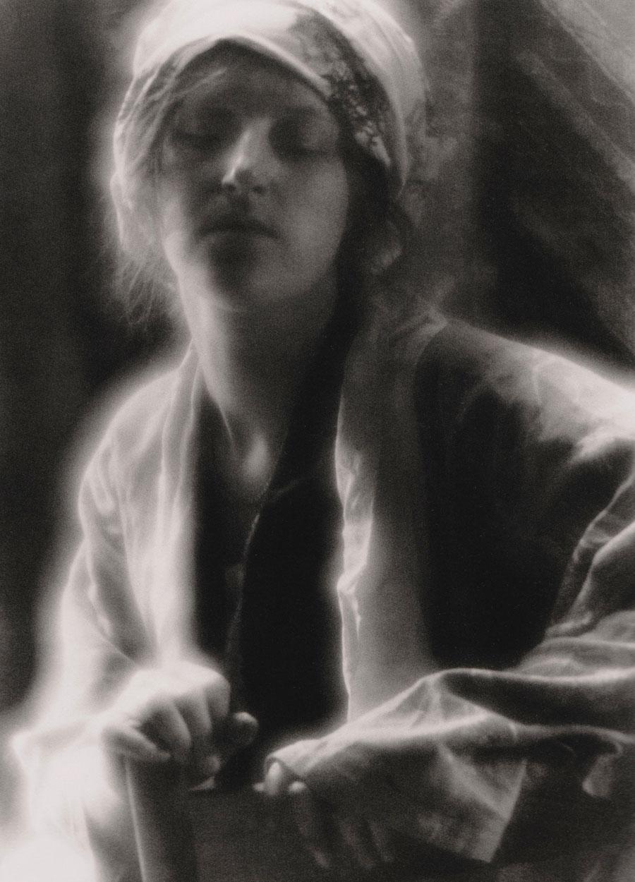 Fotó: Imogen Cunningham: Az álom, 1910 © The Imogen Cunningham Trust, 2011