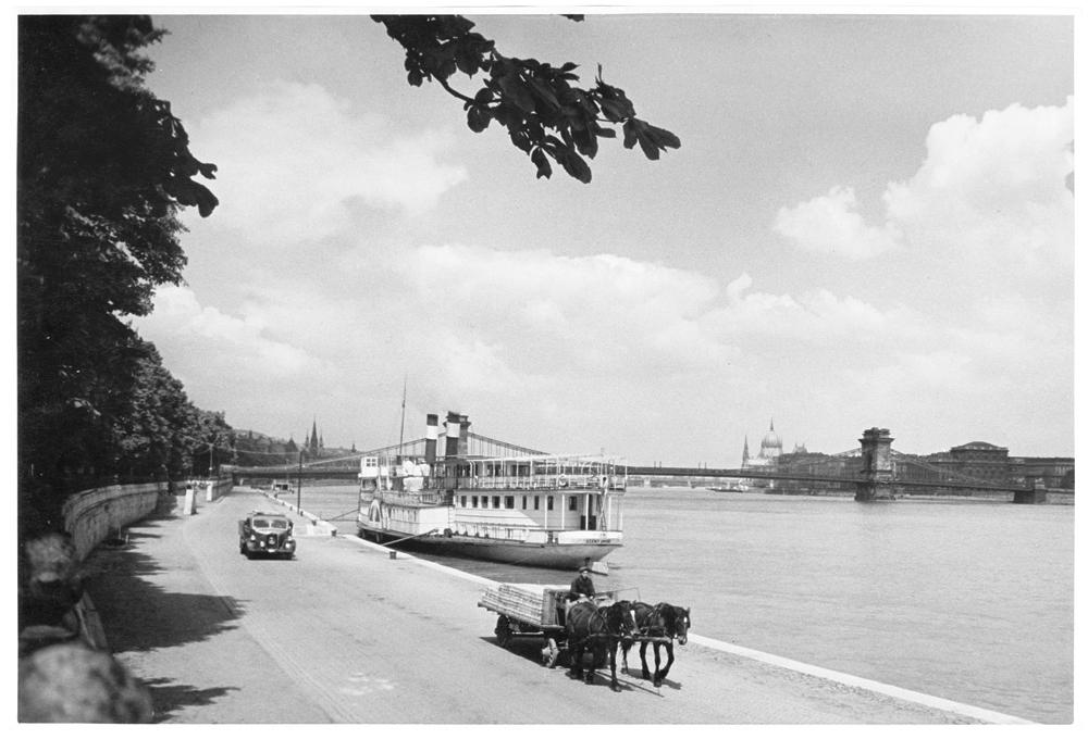 Fotó: Járai Rudolf: Dunapart és az Országház, 1938 © Magyar Fotográfiai Múzeum