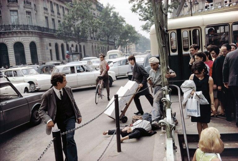 Fotó: Joel Meyerowitz: Paris, France, 1967 © Joel Meyerowitz