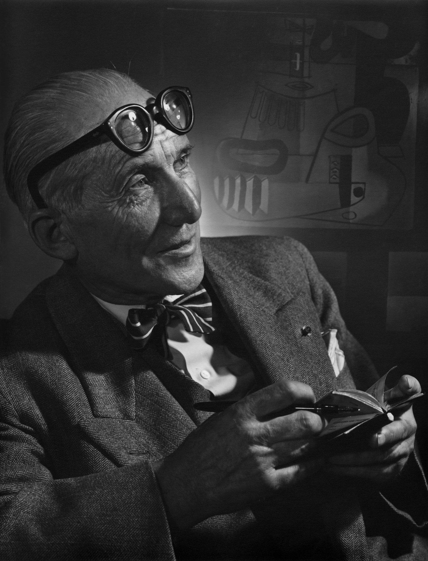 Fotó: Yousuf Karsh: Le Corbusier, 1954 © Yousuf Karsh