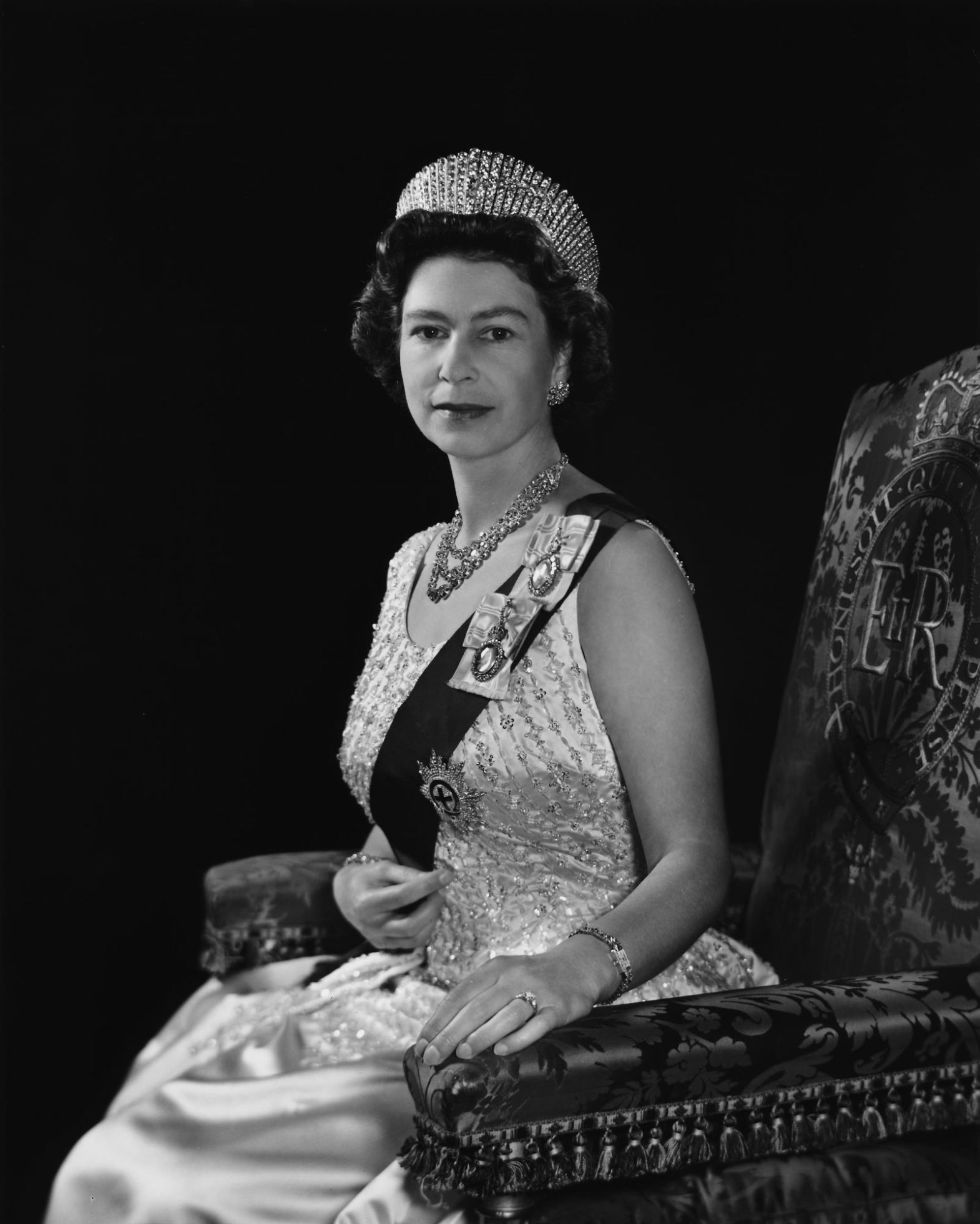 Fotó: Yousuf Karsh: II. Erzsébet brit királynő, 1966 © Yousuf Karsh