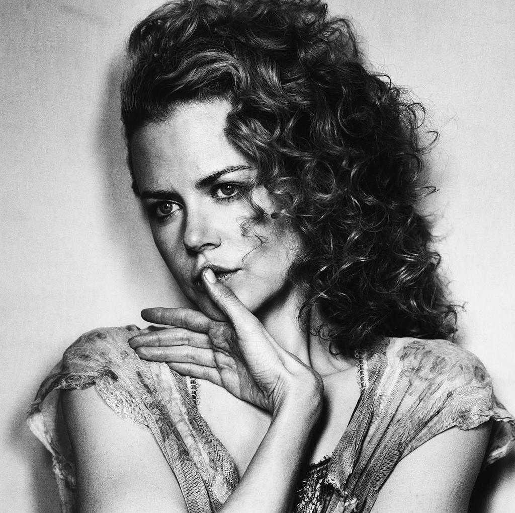 Fotó: Irving Penn: Nicole Kidman, New York, 2003, Gelatin silver print © National Portrait Gallery