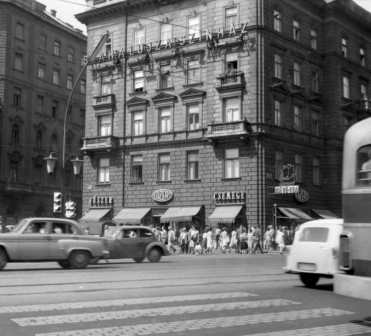 Fotó: Kotnyek Antal: Budapest, Erzsébet (Lenin) körút - Dohány utca kereszteződése, 1963 © Kotnyek Antal/Fortepan.hu