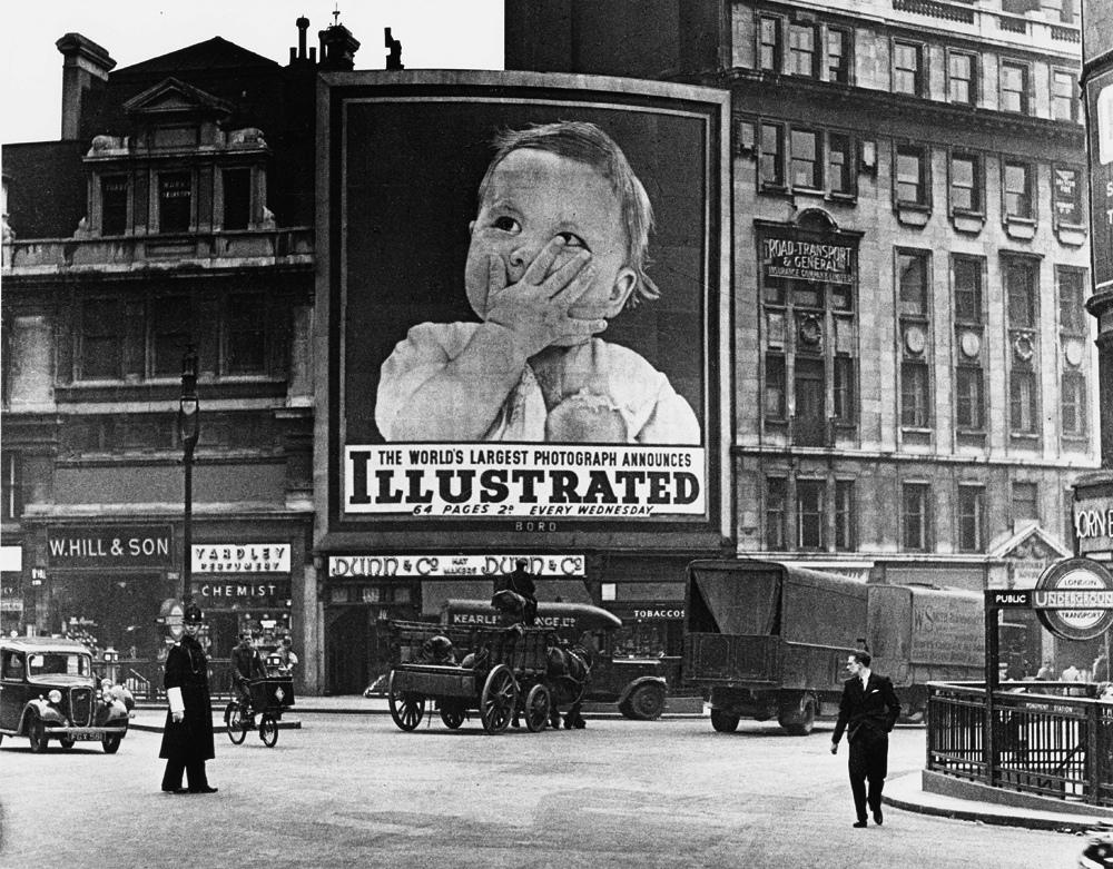Fotó:Wolfgang Suschitzky: London, 1930-as évek © Wolfgang Suschitzky