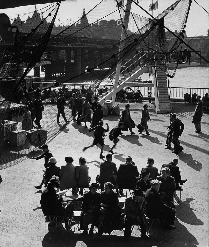Fotó: Wolfgang Suschitzky: Festival of Britain, South Bank, London, 1951 © Wolfgang Suschitzky
