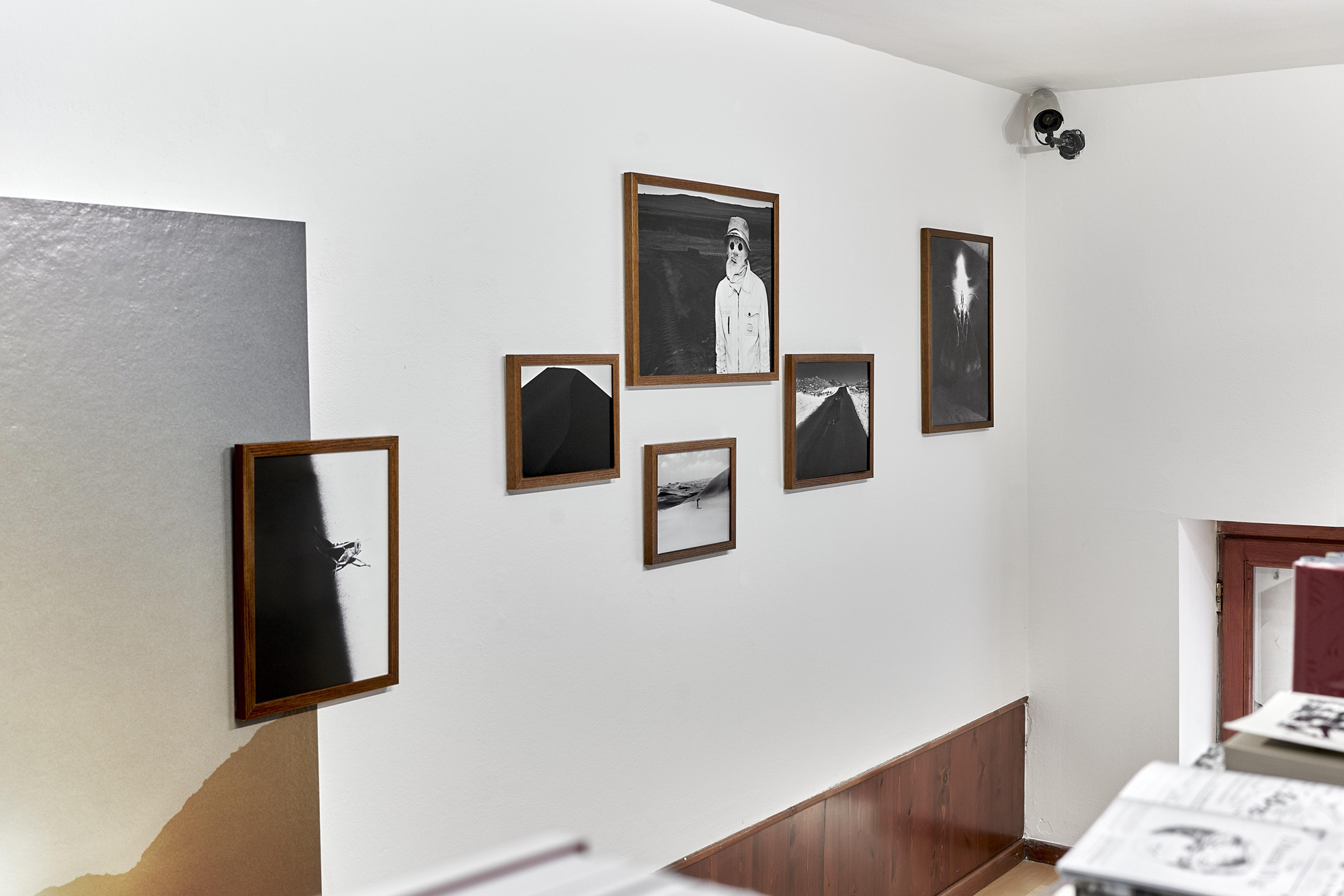 Fotó: Kiss Imre: Aapo Huhta kiállítás a PaperLab Galériában, Mai Manó Könyvesbolt