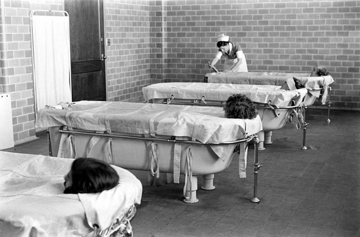 inside-a-psychiatric-hospital-18_1.jpg
