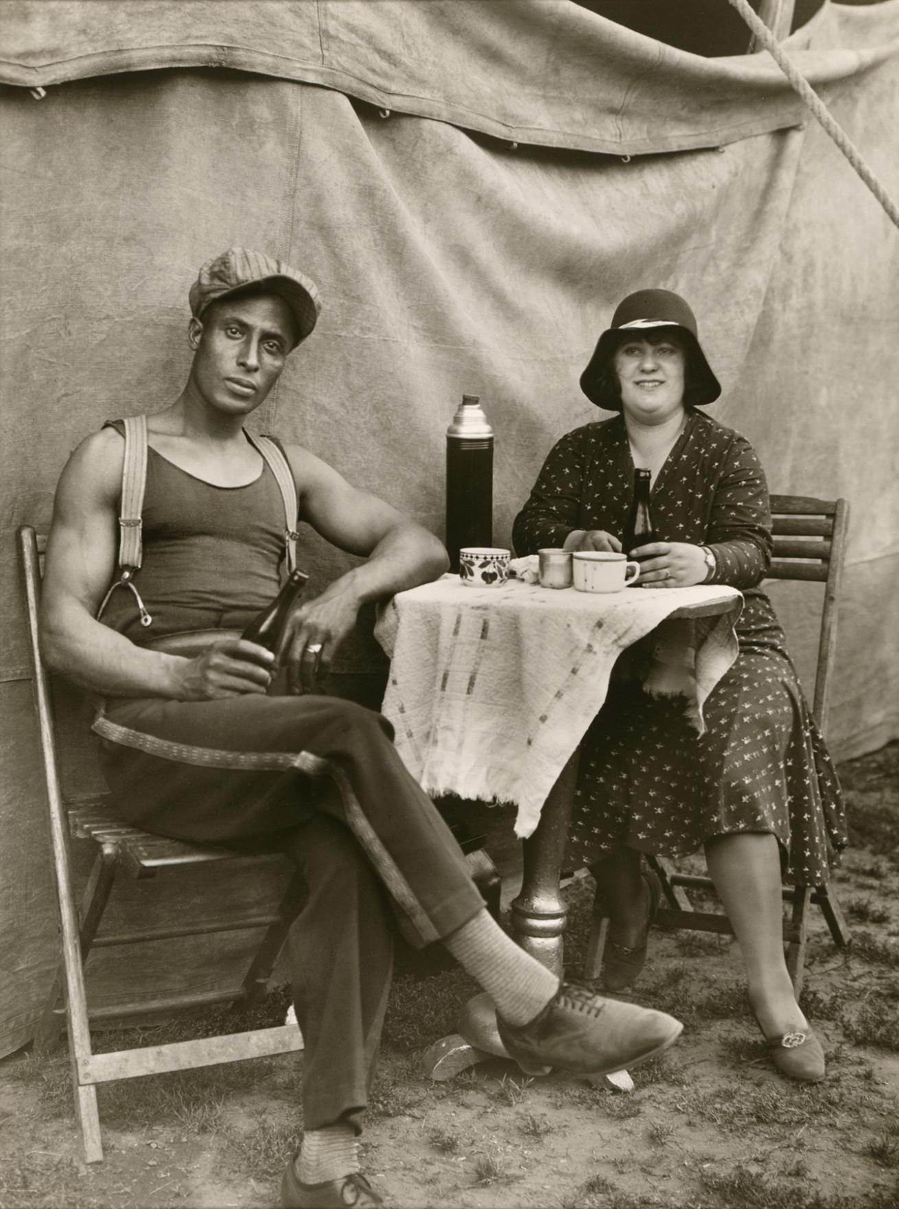 Fotó: August Sander <br />Circus Worker<br />1926-1932<br />Gelatin silver print<br />© Die Photographische Sammlung/SK Stiftung Kultur – August Sander Archiv; VG Bild-Kunst, 2018