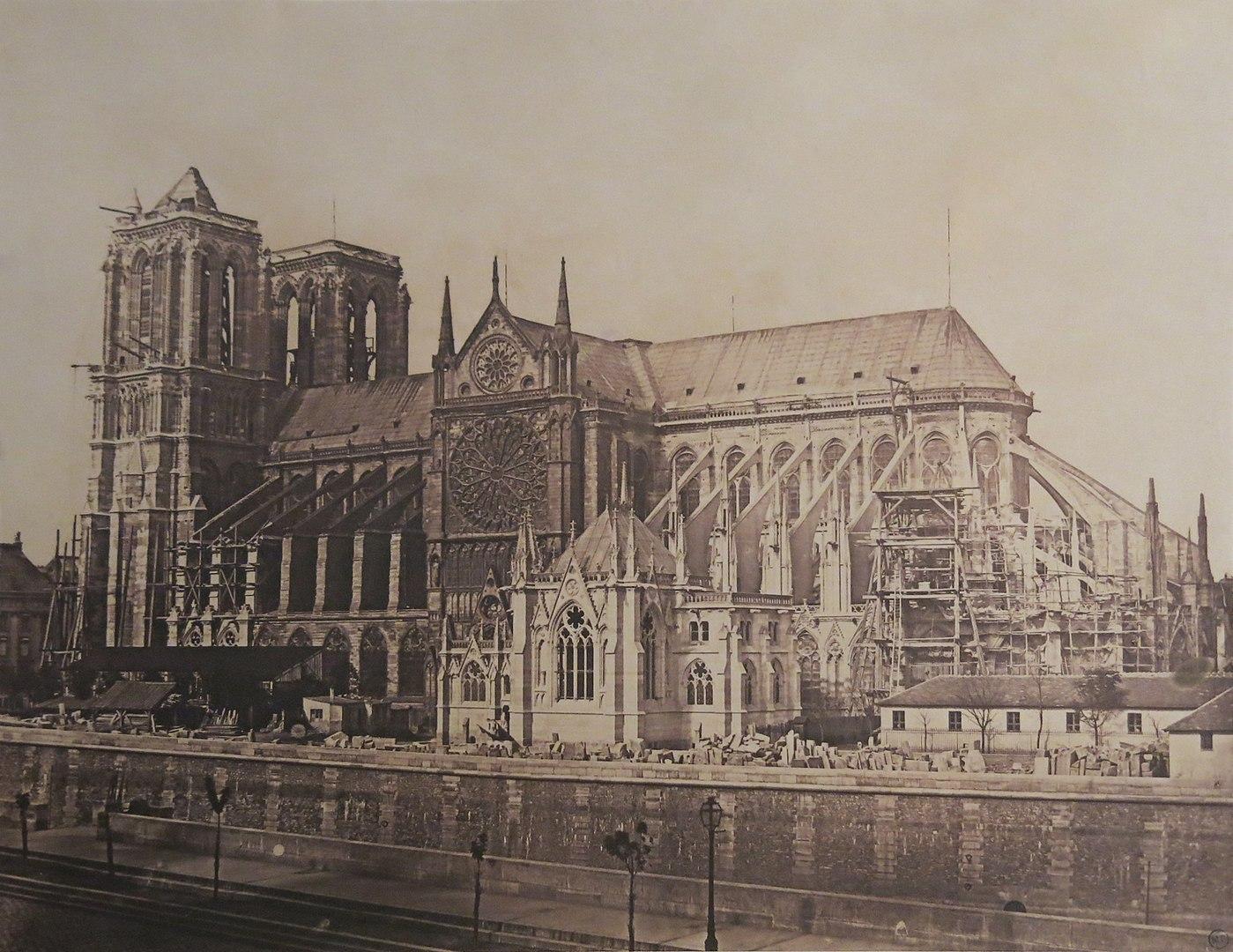 Fotó: Hippolyte Bayard: A párizsi Notre-Dame-székesegyház, 1850