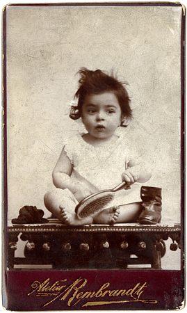 Fotó: Rembrandt műterem: ifj. Halász Gyula, Brassó, 1900. celloidin, kabinetportré © Magyar Fotográfiai Múzeum