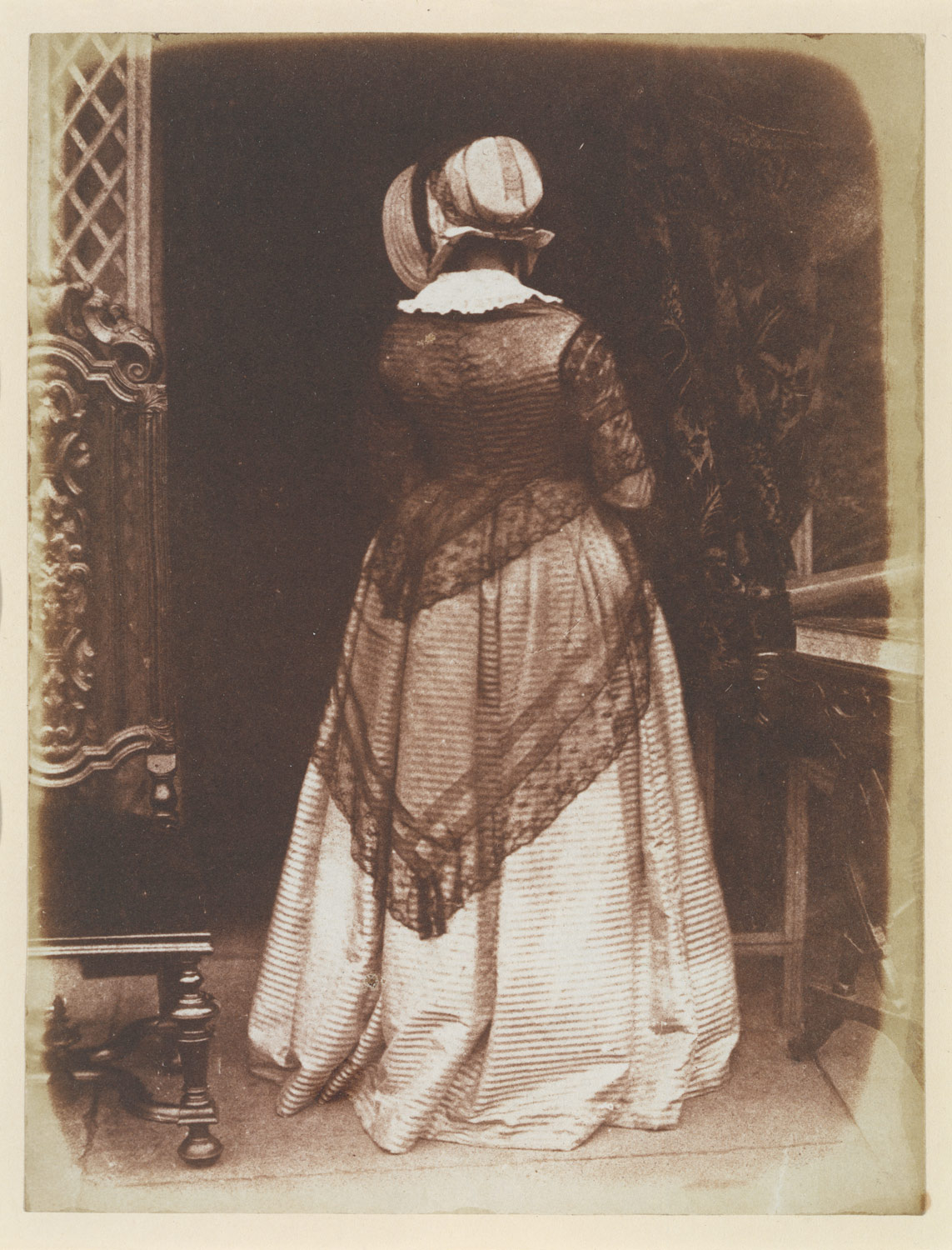 Fotó: David Octavius Hill and Robert Adamson: Lady Ruthven, 1845 (megjelent: Camera Work 11.; 1905)