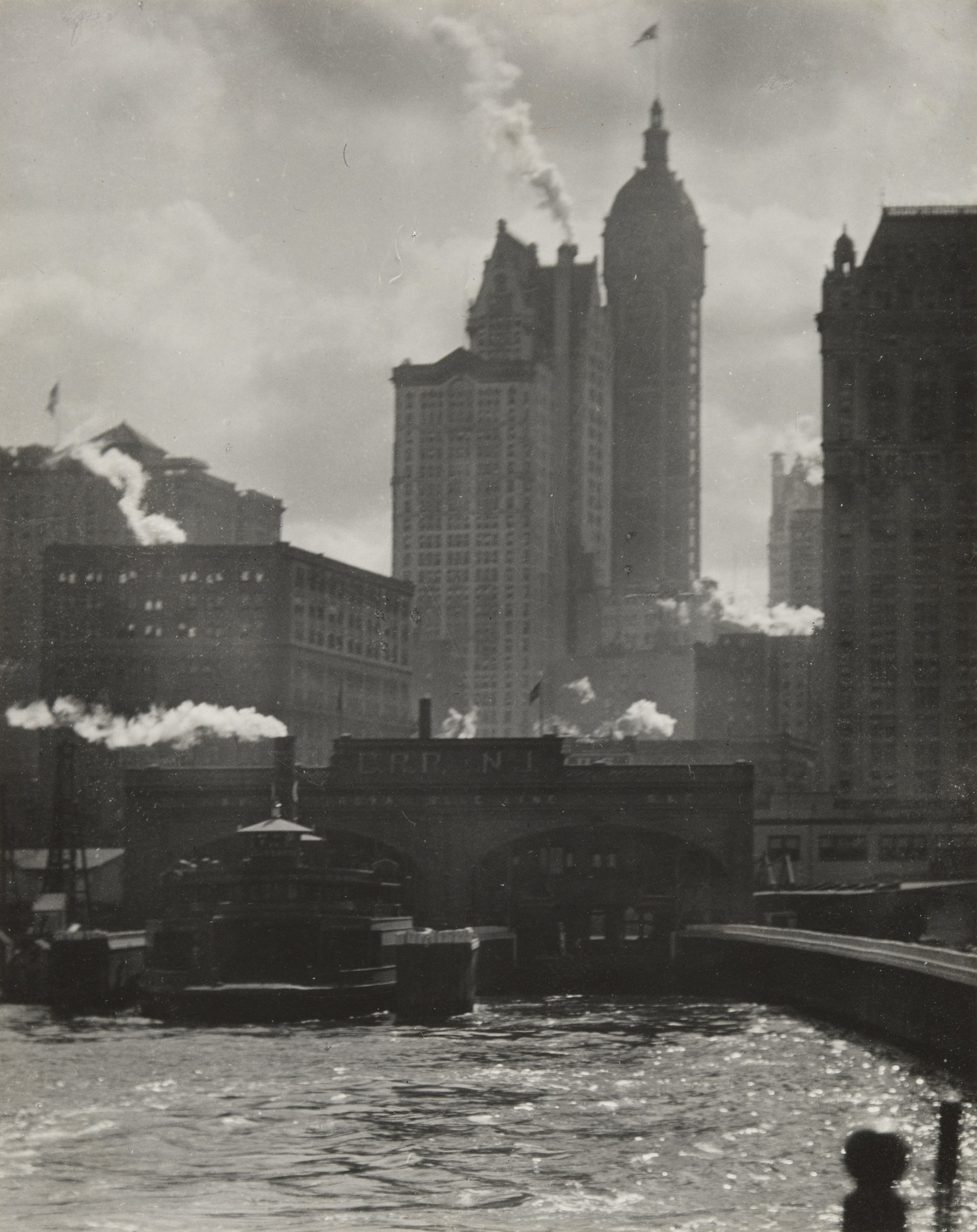 Fotó: Alfred Stieglitz: The City of Ambition, 1910 (megjelent: Camera Work 36.; 1911)