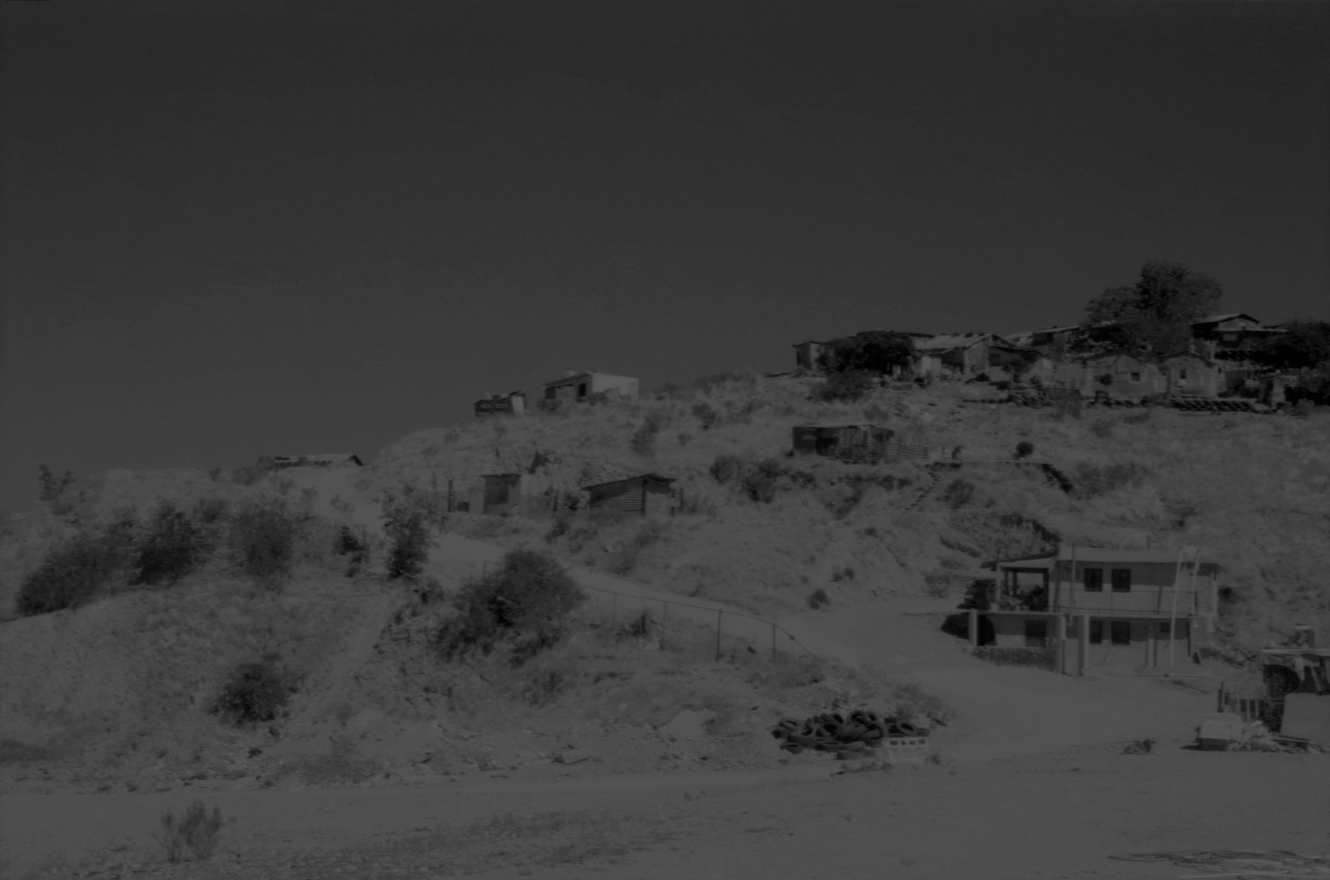 Fotó: Koleszár Adél: Külváros, részlet Az erőszak sebei című sorozatból