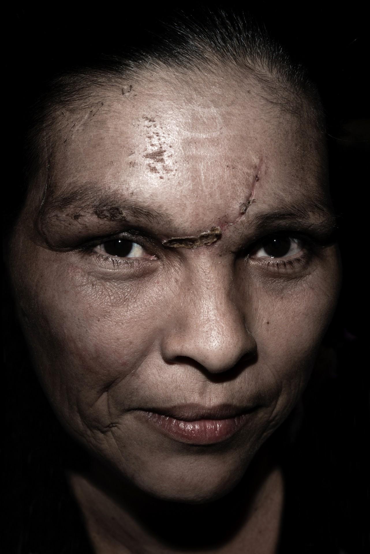 Fotó: Koleszár Adél: Santa Muerte híve, részlet Az erőszak sebei című sorozatból