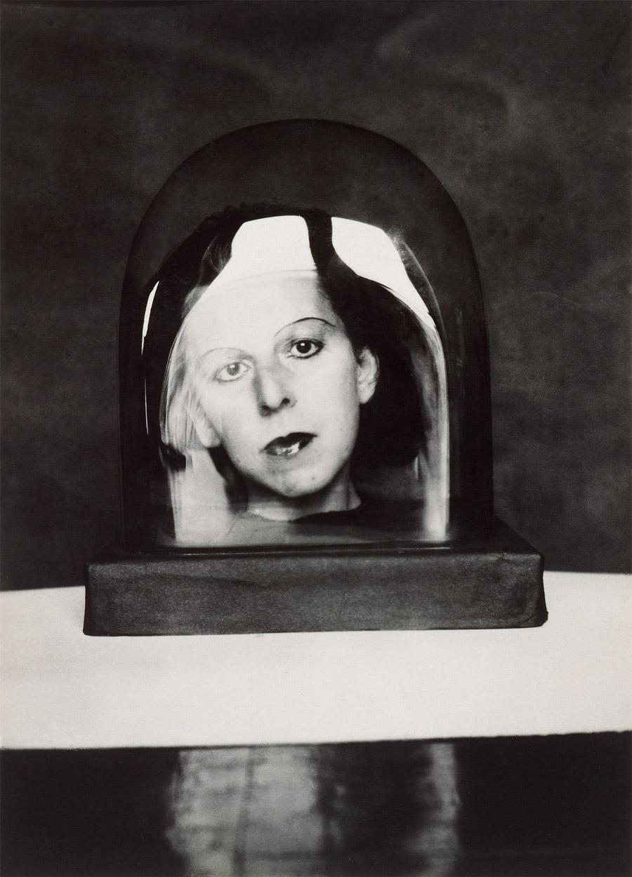 Fotó: Claude Cahun: Study for a keepsake, c. 1925 © Musée d'Art moderne / Roger-Viollet